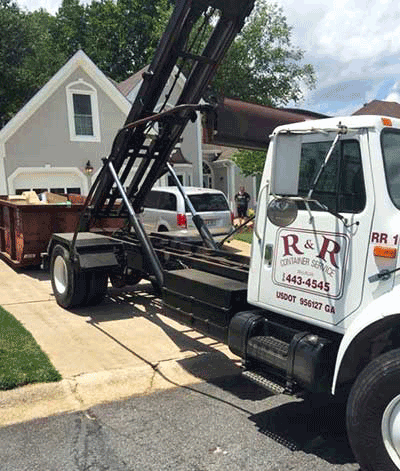 Benefits of Working with R & R Roll-Off Services
